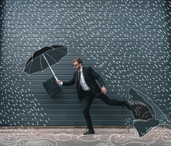 風のない普通の雨が横殴りになるかも