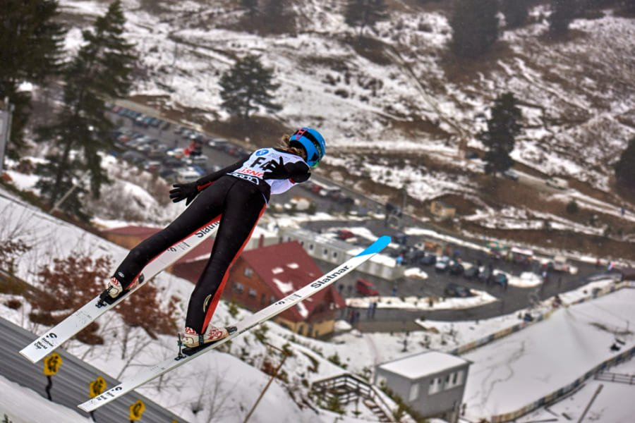 どうしてスキージャンプは大怪我しないのか