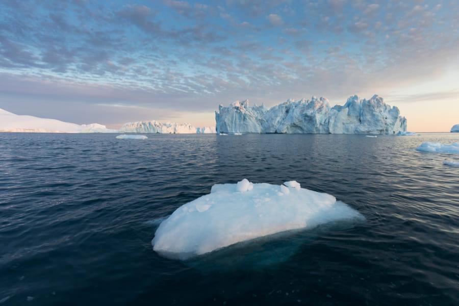 グリーンランドの山頂で「史上初の雨」が降った