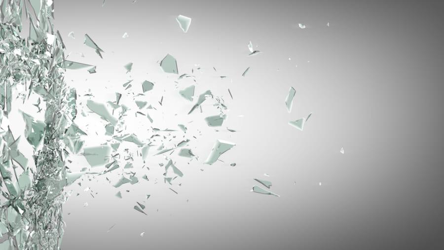 非結晶であるガラスは脆い