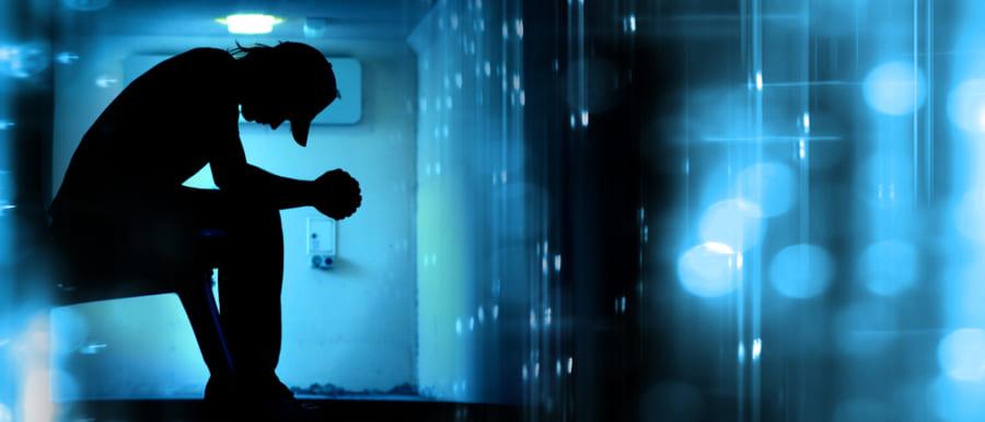 10万人のデータからうつ病の予防法を探る