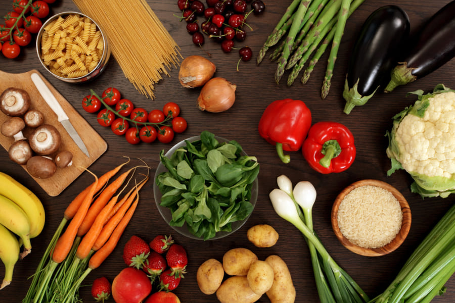 肉に含まれる栄養素の欠乏が原因か