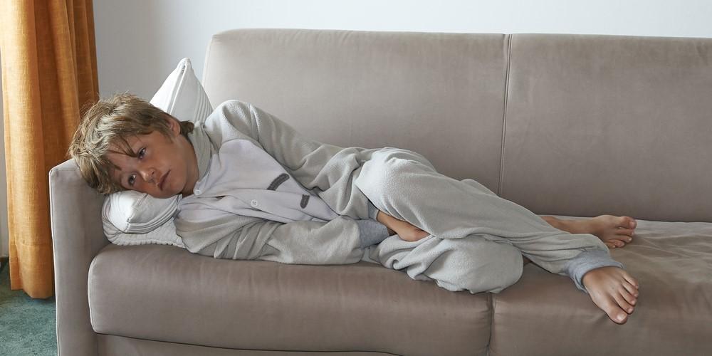 テレビ視聴や昼寝がうつ病のリスクを増大させるかも