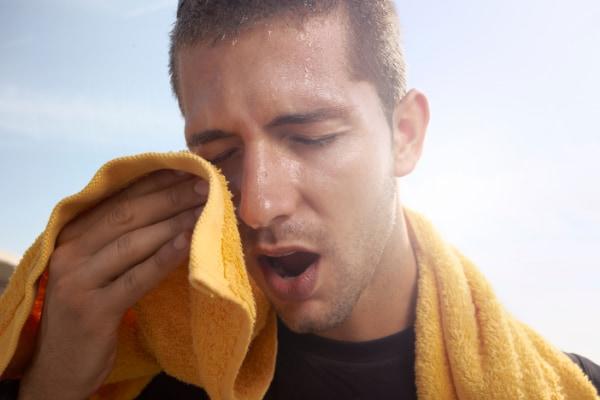 体の脂肪を「汗」で排出する新しい減量法が発見される