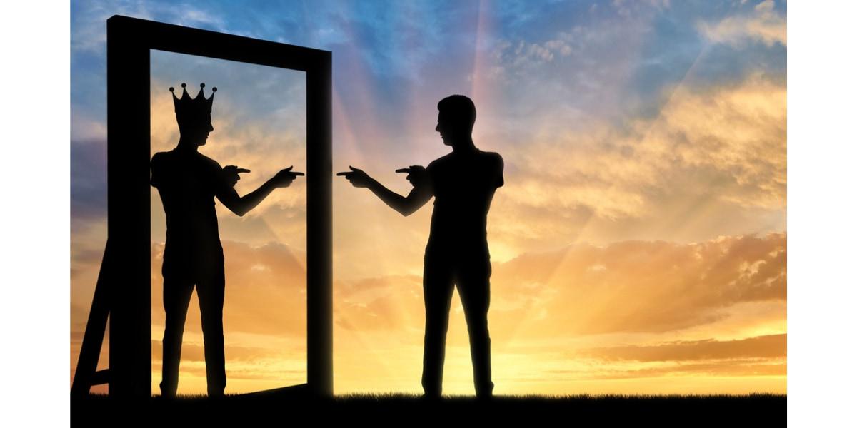 自己愛が強いナルシストは2種類ある