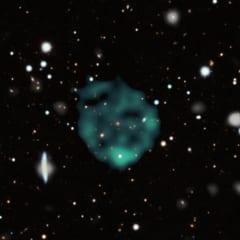 ほぼ100万光年の直径を持つ奇妙な電波の輪。研究者はこれをORCと呼んでいる。
