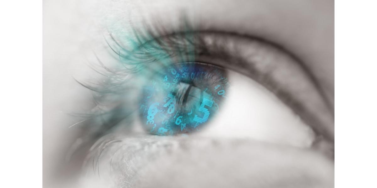 新たな研究はディープフェイクを見抜く弱点は瞳孔にあると説明する