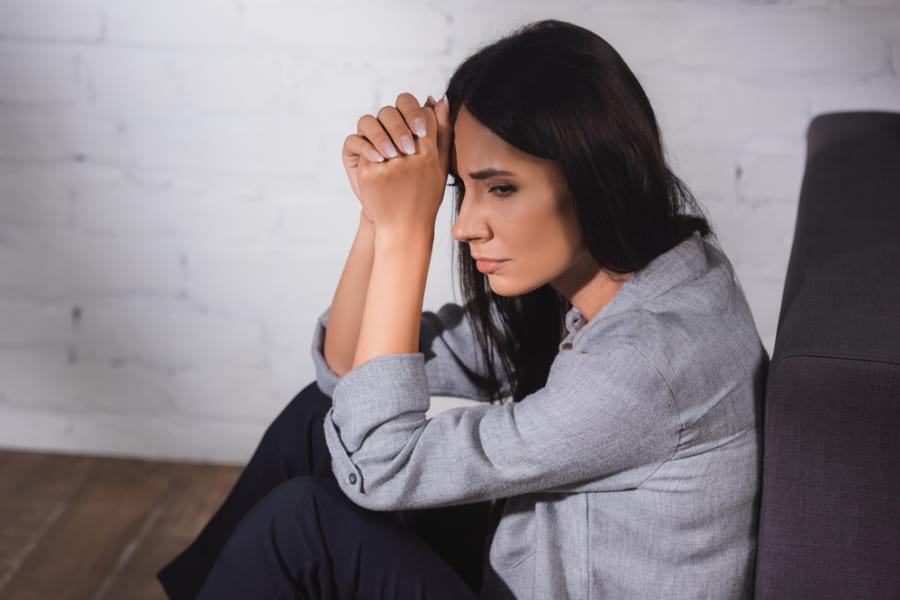 「精神的ストレスだけでうつ病になる」と科学的に証明できるか