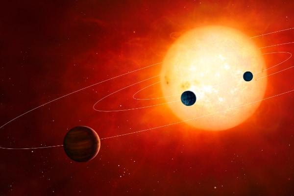 「太陽」の4分の1は自分の惑星を食べていた