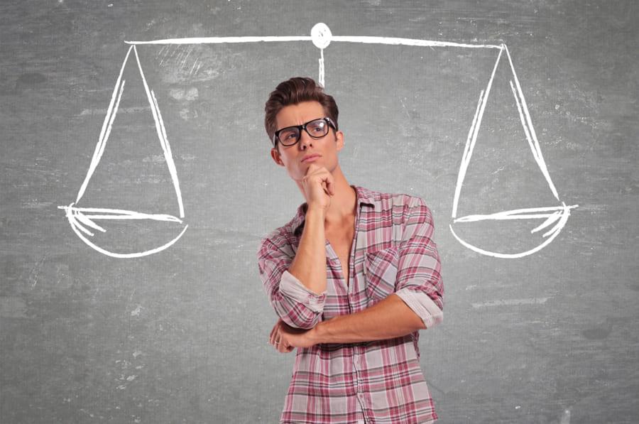 あなたはどっち? 決断への満足度は個人の意思決定スタイルに依存する