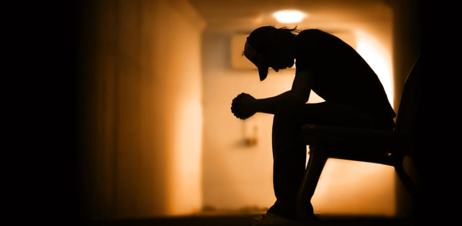 過去10年で10〜24歳の自殺率が56%増、危険水準に達する(アメリカ)