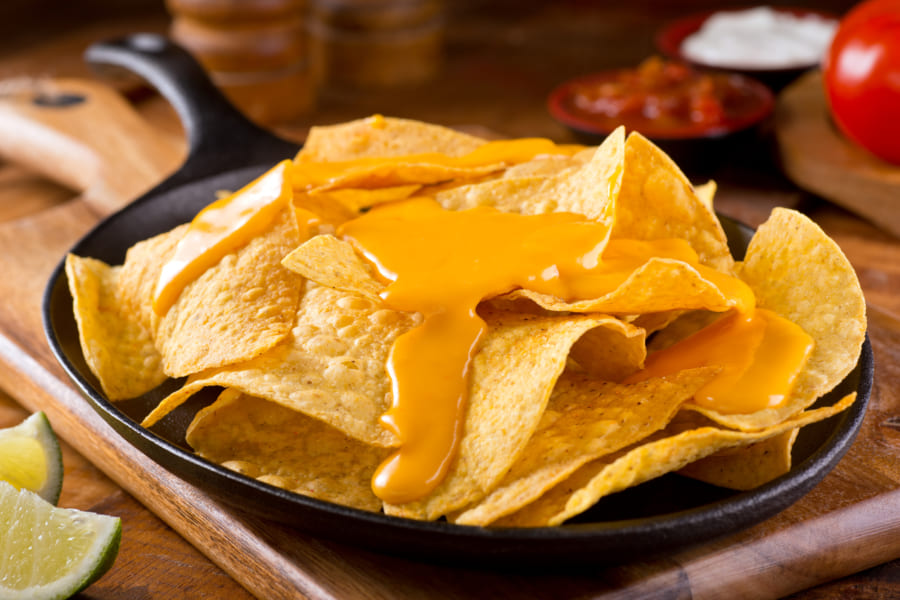 チーズをなめらかに溶かす「ひみつの化学式」とは?