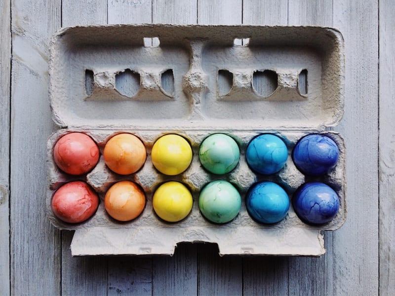 新技術を用いた「サステナブル卵」が発売。雄のひよこの「間引き」を排除