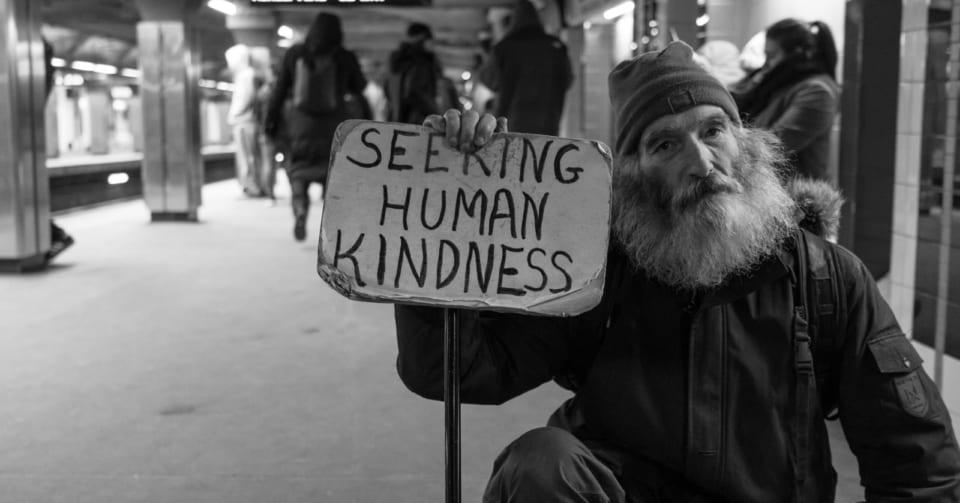 「そうだ、ホームレスの人を助けよう」と思ったときに使える9つの方法