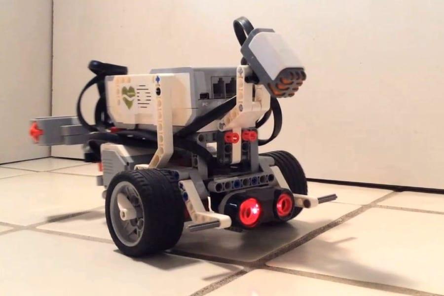 魂が宿る!? ロボットに虫の神経回路を移植して動かすことに成功