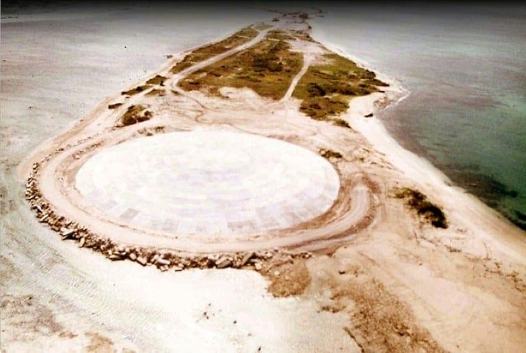 最も有害な放射能が漏出!? マーシャル諸島の「ドーム」にひび割れを確認