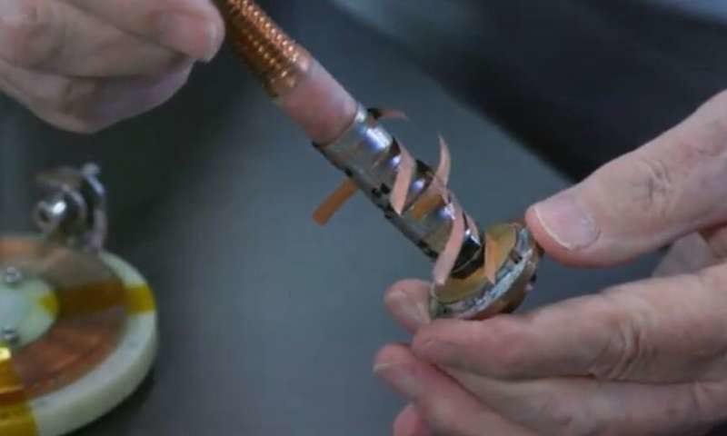 世界最強の磁場を作りだす390g「小型マグネット」の開発に成功