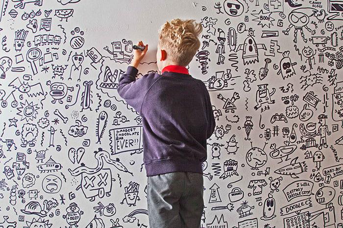 学校一の問題児だった落書き少年に「絵の仕事」が舞い込み、運命が一転する (3/4)