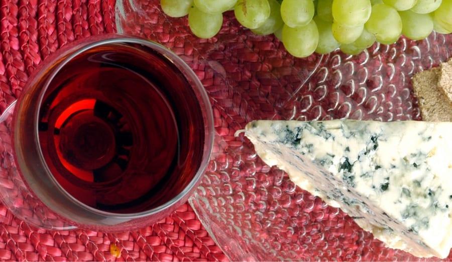 チーズとワインは認知機能の低下を防ぎあう「最強の組み合わせ」だと判明!