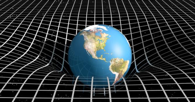 「重力はどうして最弱なのか?」「重いものと軽いものが同時に落ちる?」重力の性質は謎ばかり