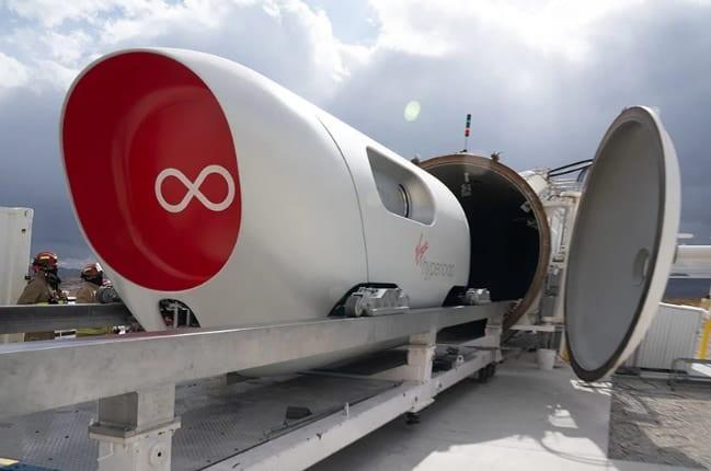 真空チューブを時速1080キロで走る「ハイパーループ」の乗車体験ムービーを公開、2030年には商業化を目指す
