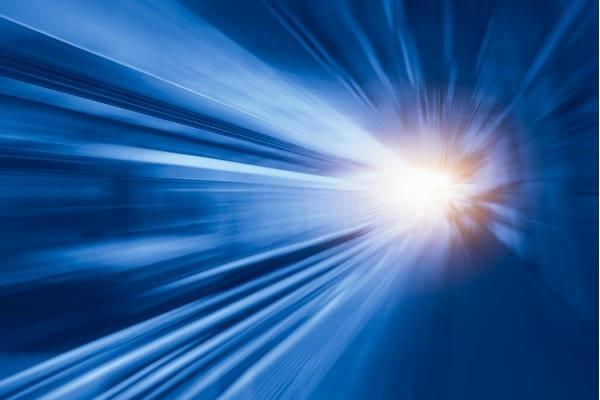 物理法則に違反しない「新しいワープドライブ航法」が提案される (3/3)