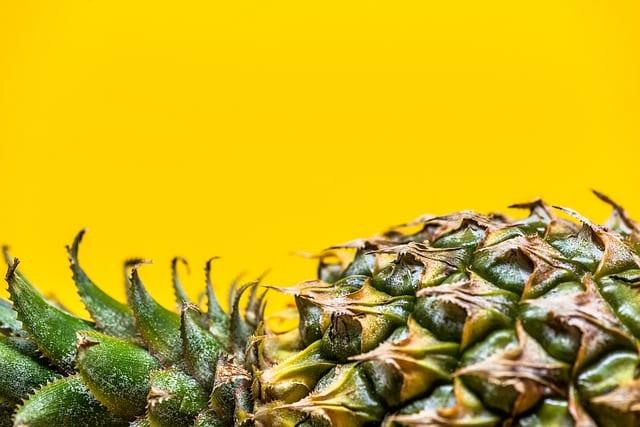 パイナップルを食べたとき舌がチクチクする意外な原因