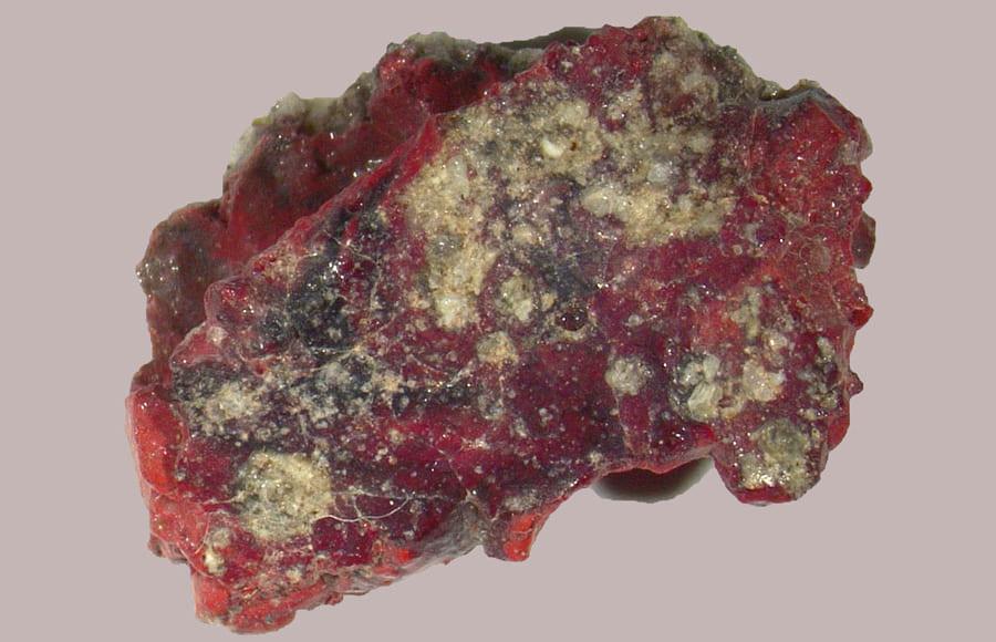 「高次元構造体の準結晶」が人類初の核実験場から見つかる