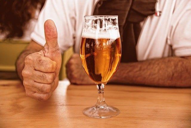 1日1本のビールが心血管病患者の死亡リスクを低下させるという研究