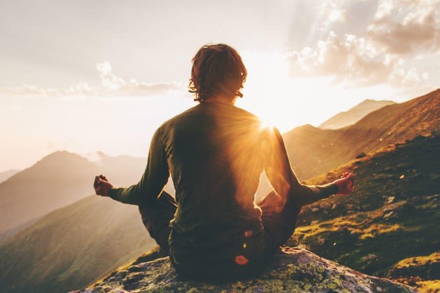 瞑想トレーニングで「脳をシャキっと切り替える」能力が上がると判明