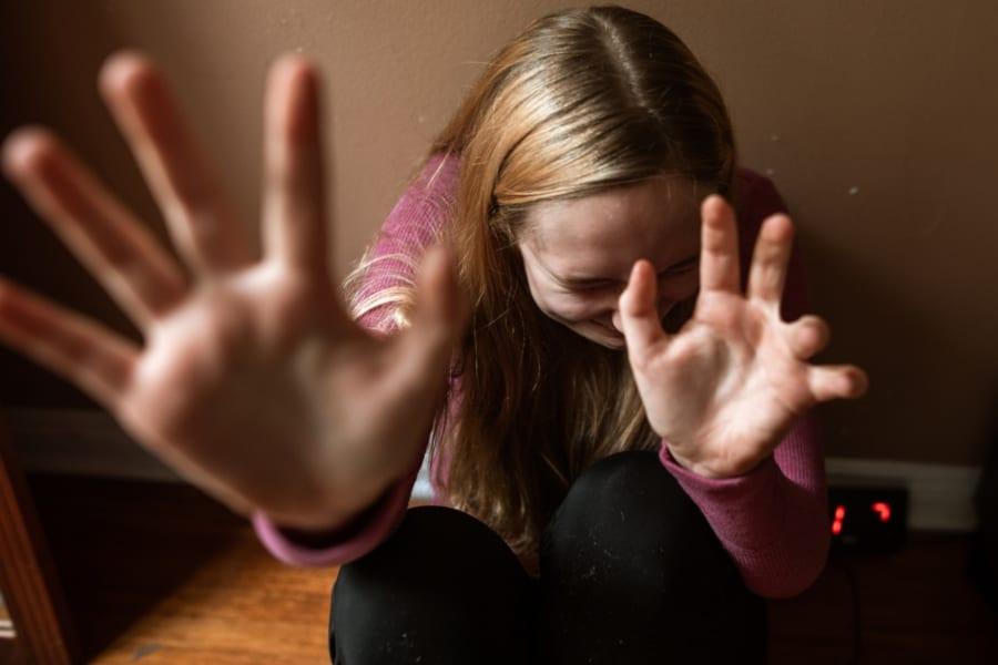 虐待の被害者は将来「愛の重い人」になってしまう可能性が高い